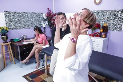 Close up massage action featuring European milf pornstar Eva Karera