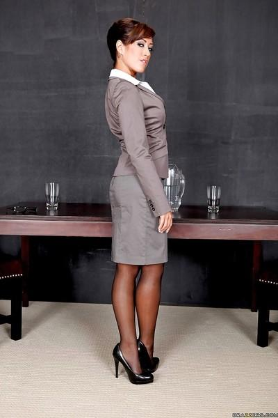 Shapely office MILF in glasses Noelle Aurelia strips to stockings