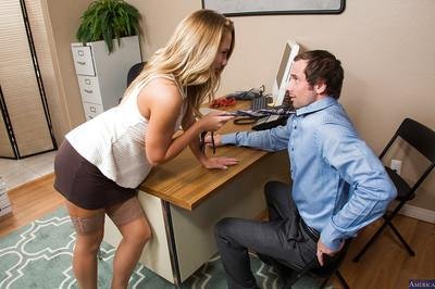 Office secretary Carter Cruise is getting tasty cum on her nice face