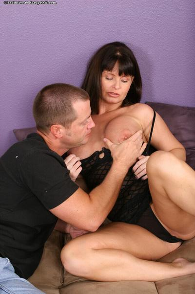 Attractive cougar Maya does the blowjob of dreams for cute boy