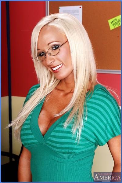 Lesbian MILF teacher in glasses Lichelle Marie licking Trina Michaels