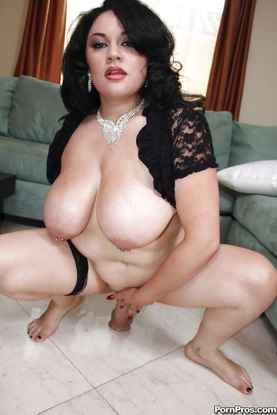 BBW Chatte Photos