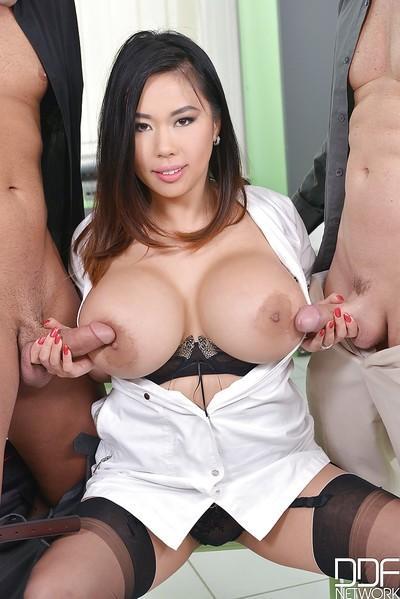 Wild MMF threesome sex with busty Asian MILF Tigerr Benson tit fucking dick
