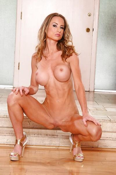 Leggy MILF on high heels Honey West uncovering her jaw-dropping sexy curves