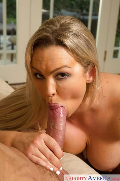 Abbey Brooks proves that Milfs are way better at sucking big cocks