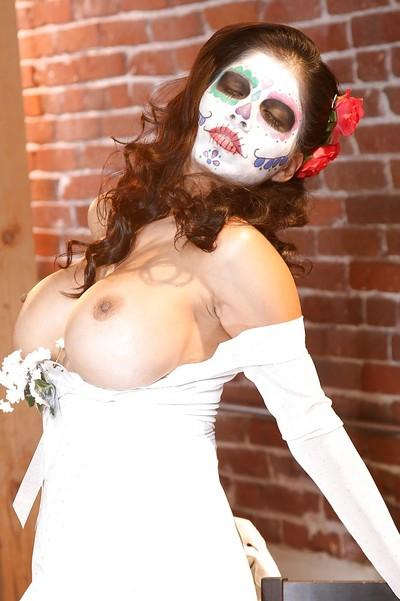 Stunning latina in cosplay outfit Alexis Amore revealing her goods