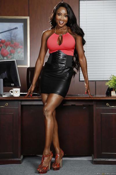 Ebony babe Diamond Jackson undressing her tight black skirt