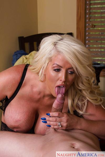 Busty Milf pornstar Alura Jenson sucking dick for cumshot on knees
