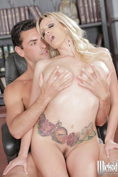 Big tits pornstar Stormy Daniels shows off her milf ass while fucking