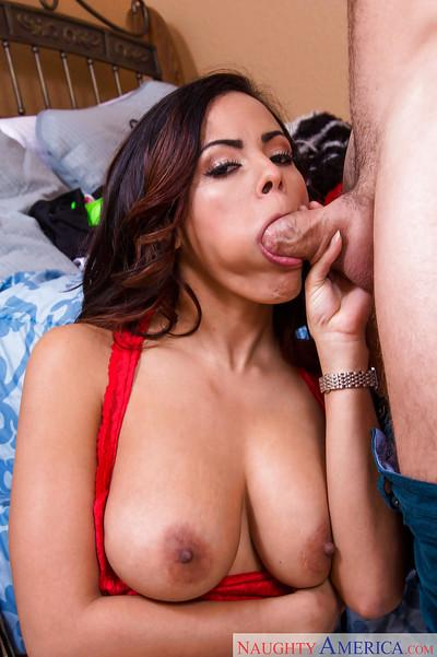 Latina Luna Star is giving a nasty deep blowjob on the camera