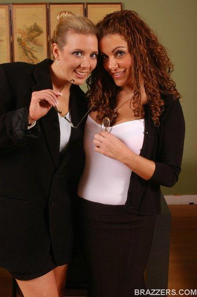 Lesbian MILF teachers Victoria Valentina and Kara Nox get naughty