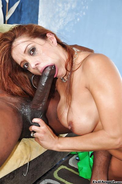 Latina milf Francesca Le wants that interracial blowjob to happen