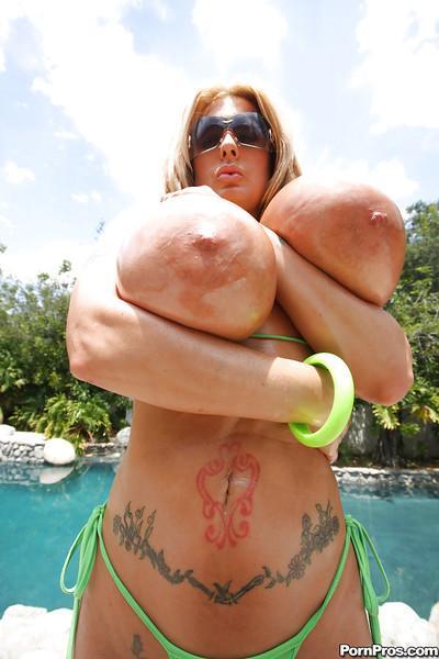 Busty MILF babe Summer Sin strips off bikini for hardcore fucking