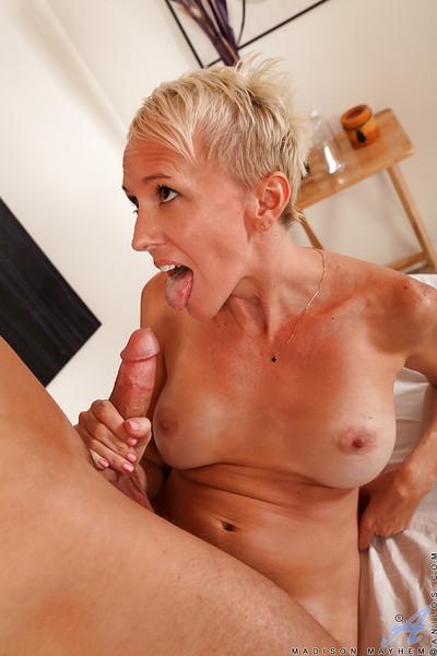 Hardcore ass fucking scene features cougar milf Madison Mayhem