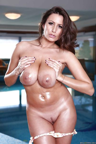 Oiled milf Sensual Jane is showing off in her tremendous lingerie