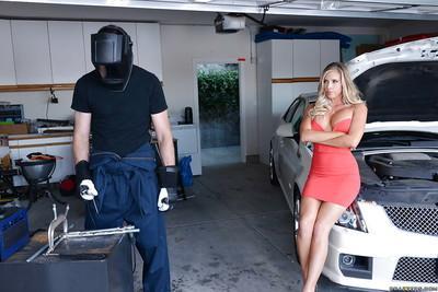 Busty blonde Samantha Saint fucks after repairing her Cadillac