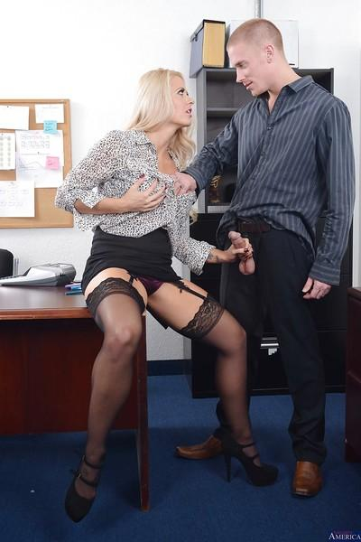 Splendid office MILF Holly gives wet blowjob and takes cumshot