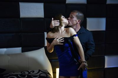 Stunning pornstar Silvia Lauren gives head and takes deep anal fucking