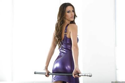 Gorgeous pornstar Kortney Kane slipping off her latex dress