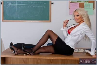Dazzling MILF teacher in glasses Diana Doll strips and poses in class
