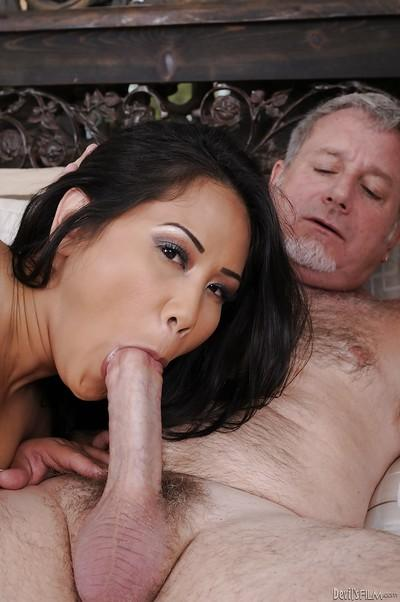Sizzling hot Asian MILF with delicious nipples in threesome action