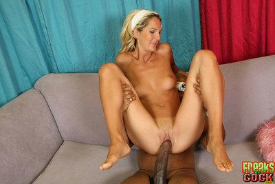 stunning MILF babe Heidi Brooks gets rammed with a monster cock