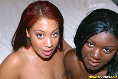 Ebony milf Kaylee Kisses is sucking huge dick waving her ass in pool