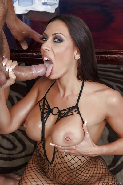Sultry MILF pornstar Rachel Starr having her bent over asshole rimmed