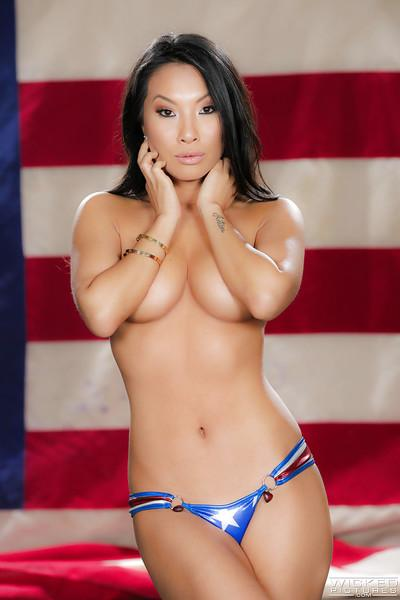 Asian MILF pornstar Asa Akira stripping off USA themed bikini