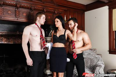 Hot brunette MILF India Summer having sex in wicked MMF threesome