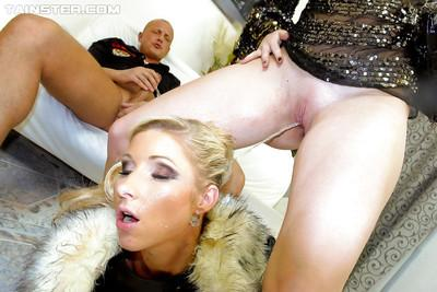 Slutty MILF with hot ass gives a blowjob and gets pissed on
