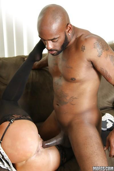 Seductive MILF in stockings Tiffany Mynx sucks and fucks a big black cock
