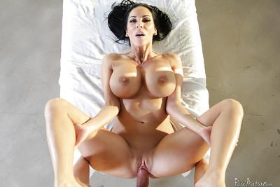 Brunette cougar Veronica Rayne having huge natural tits oiled and massaged