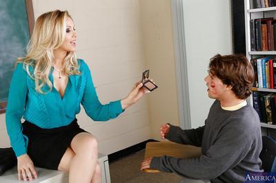 Amusing teacher milf Julia Ann sucks all sperm out of big cock