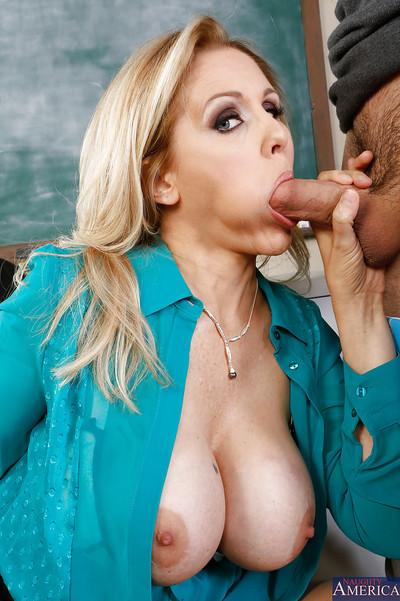 Amusing teacher milf Julia Ann sucks all sperm out of big cock