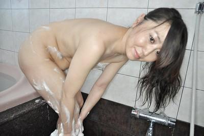 Smooth asian milf Kanako is having a sexy and erotic bath