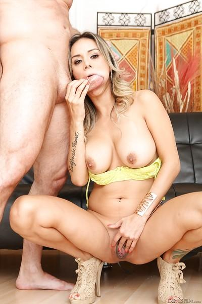 Big-tit mommy Nadia Styles is giving a deep nasty blowjob on cam