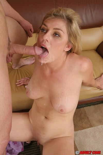 Naughty blonde MILF gets shagged for a creamy cumshot on her lips and tongue