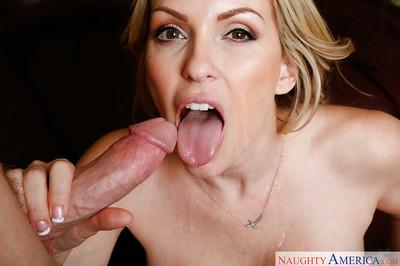 Wife milf Courtney Cummz bangs hard after giving juicy blowjob