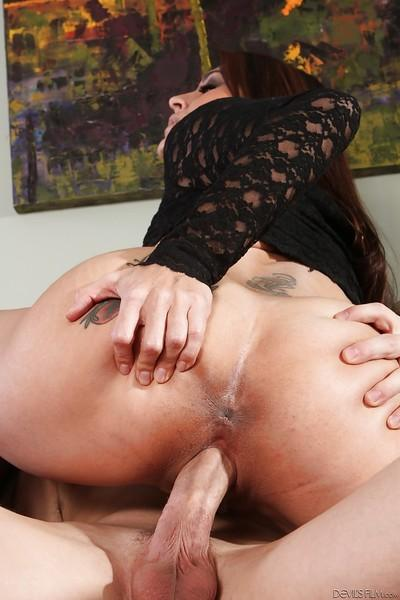 Big tits milf with an outstanding ass Raylene is ridding huge cock
