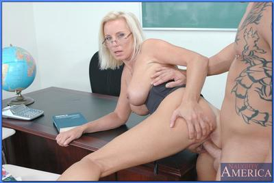 Mature teacher in glasses TJ Hart fucks and receives cum on ripe boobs