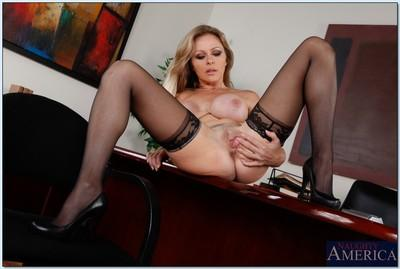 Fervent teacher in stockings Dyanna Lauren revealing mature pussy