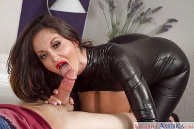 European milf with big honkers Mia Ryder devours tasty dooflicker