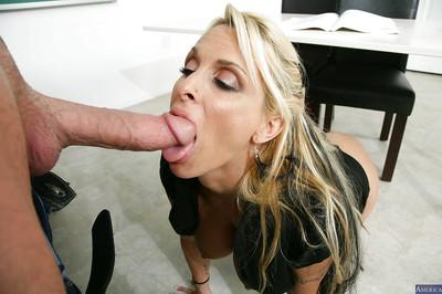 Bleached chick Holly Halston was fucked after hot sexy lesson