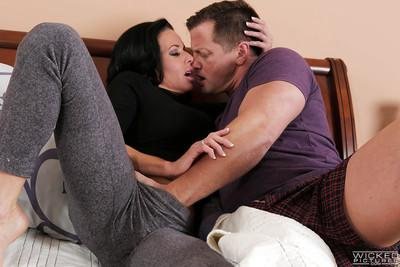 Curvy brunette babe Veronica Avluv blows a big dick before taking cumshot
