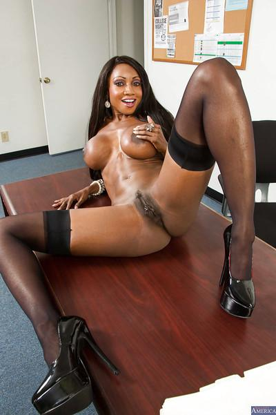 Mature ebony whore Diamond behaves like a cool sexy teacher