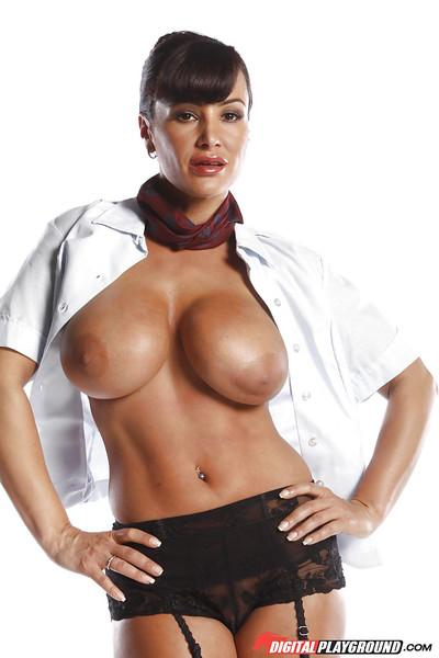 Mature Lisa Ann undresses her uniform to present you her tits