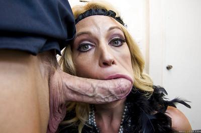 Mature slut Charlee Chase gives a blowjob and gets shagged hardcore