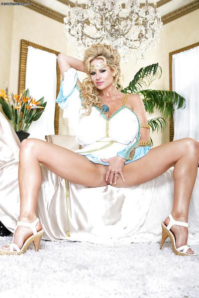 Masturbating mature lady Kelly Madison caught by her boyfriend
