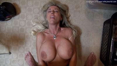 Sandra Otterson pleasing a hard dick with her skillful hands and mouth